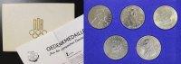 Satz Medaillen div. DDR 5x Medaillen zur Olympischen Geschichte st in O... 65,00 EUR  +  10,00 EUR shipping