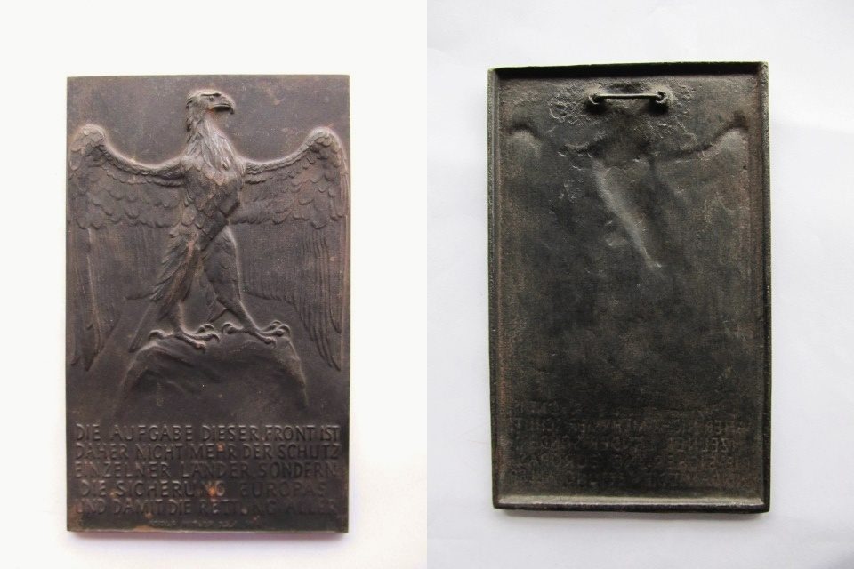 Plakette 1941 Drittes Reich Eisenguss-Plakette, Lauchhammer, v. Hörnlein, a.d. Russlandfeldzug, Hitlerzitat EF