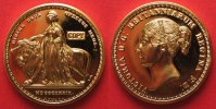 England  1839 UNA AND THE LION 5 POUNDS VICTORIA - COPY - gold plated 41mm # 87477