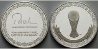 FIFA Medaille 2010 Süd-Afrika Fußball Weltmeisterschaft 2010 in Südafri... 89,80 EUR  + 17,00 EUR frais d'envoi