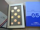 2005  KMS Frankreich 2005 Fleurs de Coins pp  200,00 EUR  Excl. 7,00 EUR Verzending