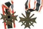 Kriegsverdienstkreuz mit Schwertern und  1...