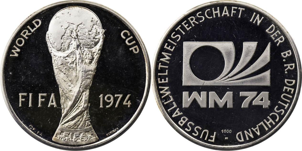 Silbermedaille 1974 Deutschland Fussball Wm Weltmeisterschaft 1974 Fifa Pokal Pp Beruhrt