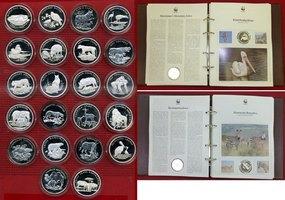 Silbermedaillen Set 22 Stück 1990-94 Verschiedene Tiermotive WWF WWF Gedenkprägungen 22 Stück aus Silber Tiermotive Polierte Platte in Album mit Infoblättern