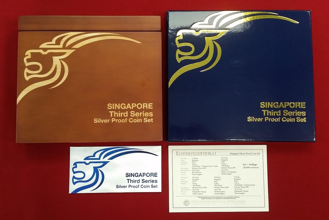 185 Dollar 5 10 20 Und 50 Cent 1 Dollar 2013 Singapur Third