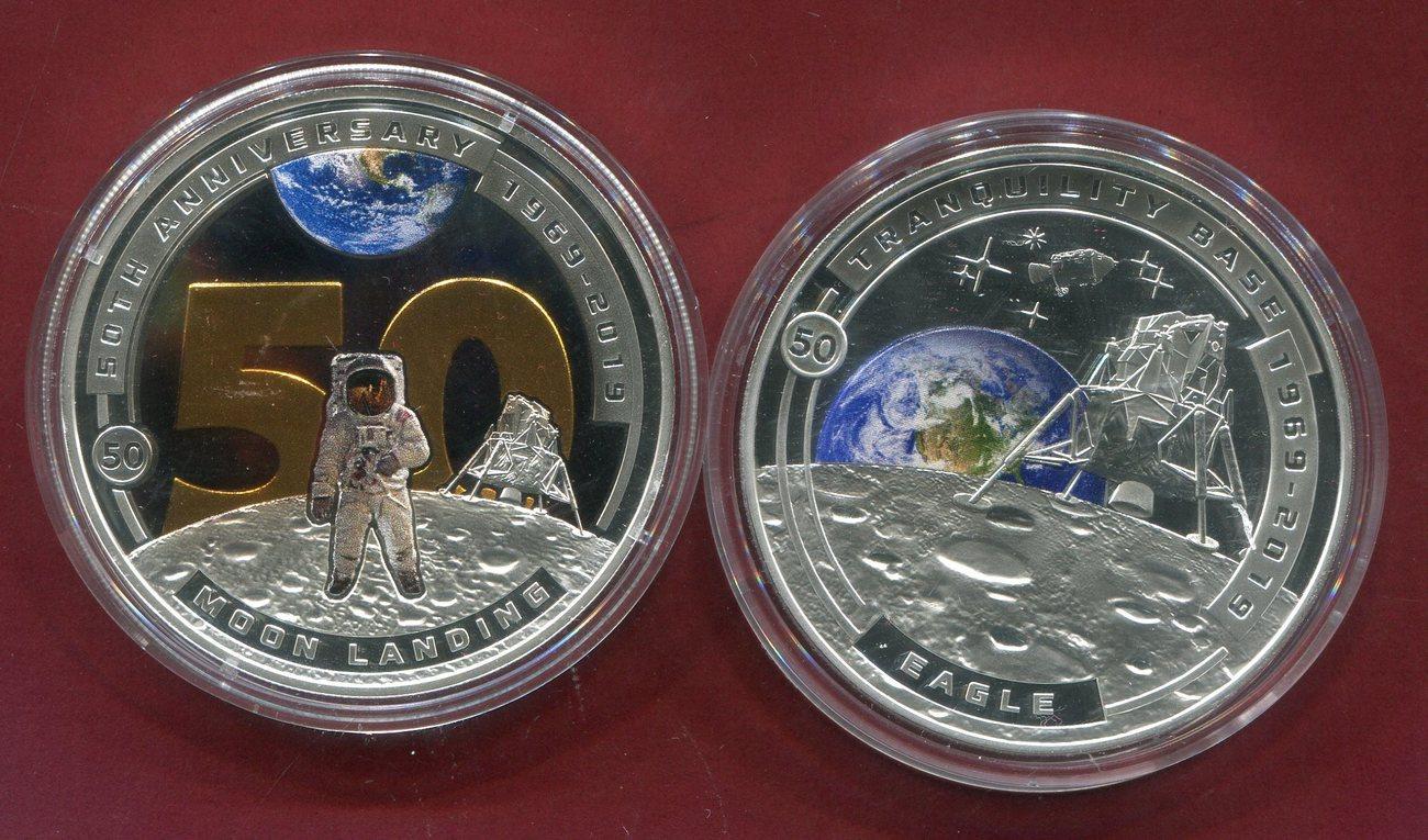 2 x Half Dollar 2019 Salomon Inseln, Solomon Islands 50 Jahre Mondlandung  Farbmünzen Eagle, Moon Landing Proof colorated